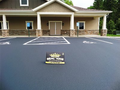 Commercial Asphalt Sealcoating MN