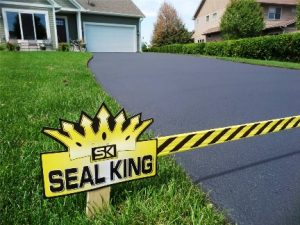 Importance of Sealcoating your Driveway after Winter