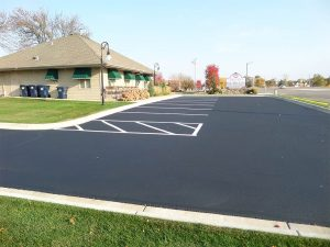 Commercial Parking Lot Sealcoating Contractor MN - Parking Lines Painted