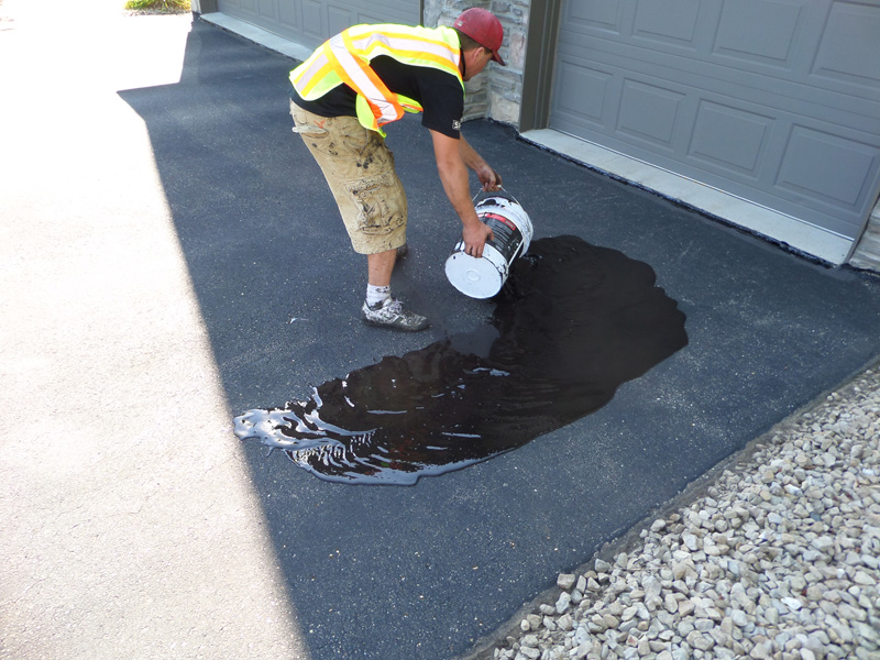 Driveway seal coating minnesota professional seal coating services the professionals solutioingenieria Image collections