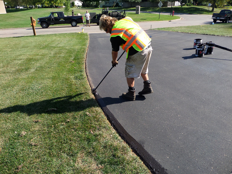 Residential Asphalt Seal Coating Minnesota Professional